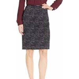 NWT Calvin Klein Black & Cream Ponte Midi Skirt